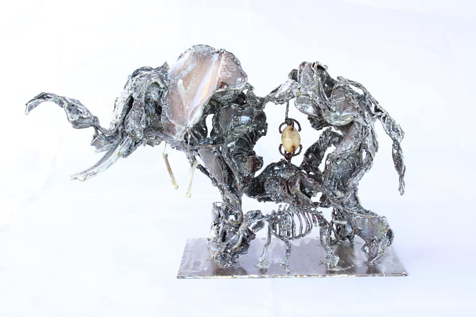 Éléphant - Sculpture en métal