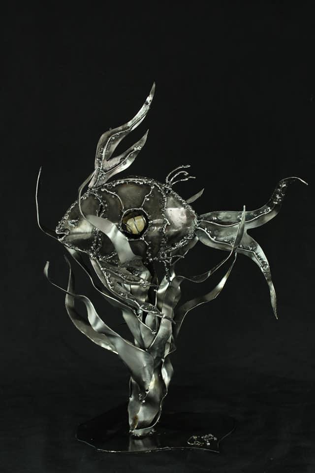 Poisson en métal