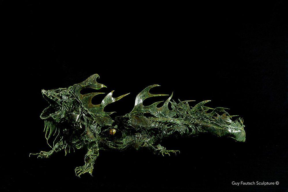 Sculpture d'iguane en métal