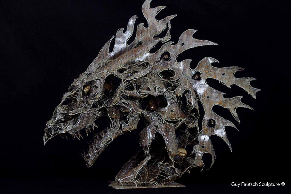 Tête de dragon en métal