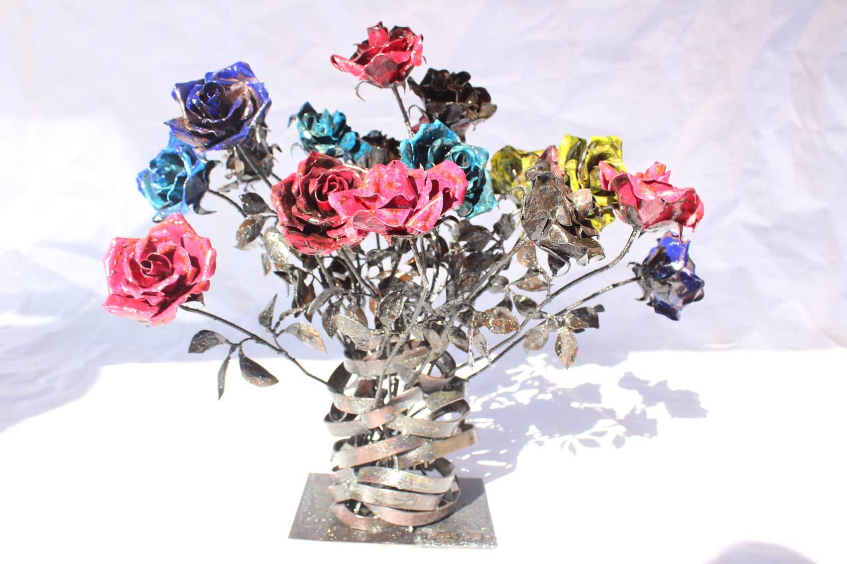 Bouquet de roses en métal