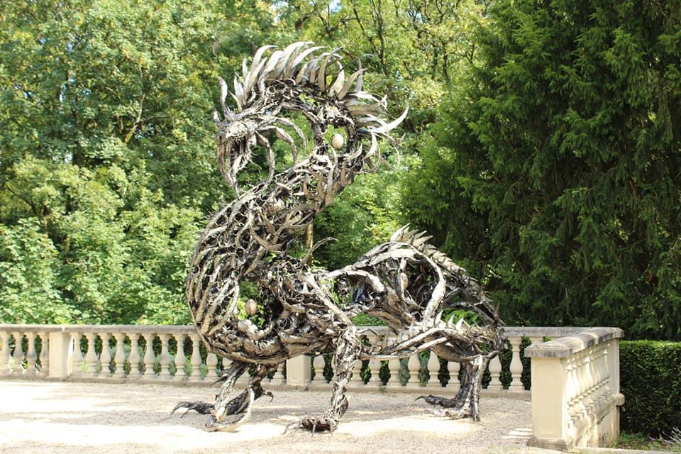 Dragon en métal